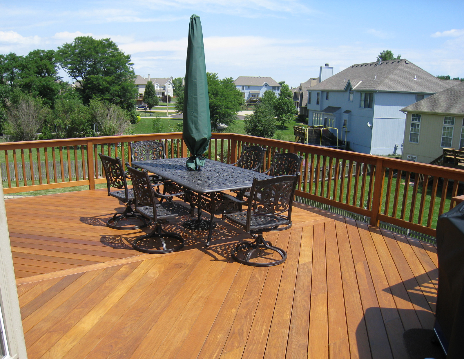 Ipe the best decking material archadeck of kansas city for Best material for deck