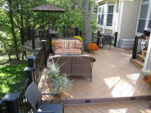 Metal railings w/ cedar deck