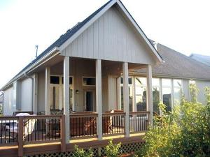 Evergrain open porch and deck in Olathe Kansas