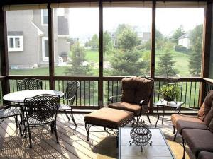 Screened porch with composite flooring Kansas City