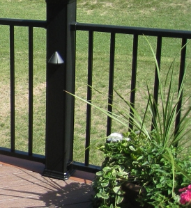 Deck builder Overland Park KS with aluminum rail and TimberTech railing post lights