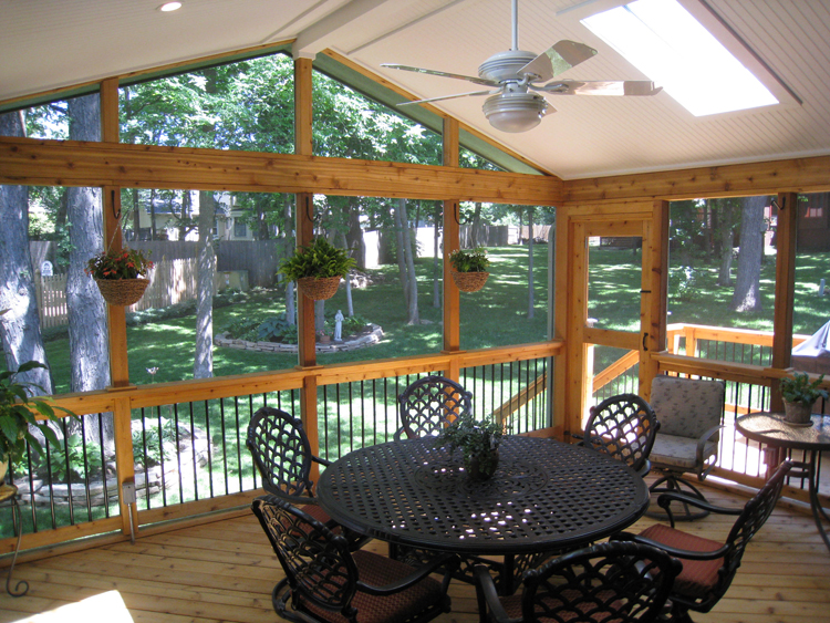 Overland Park screened porch with cedar floor and deck posts