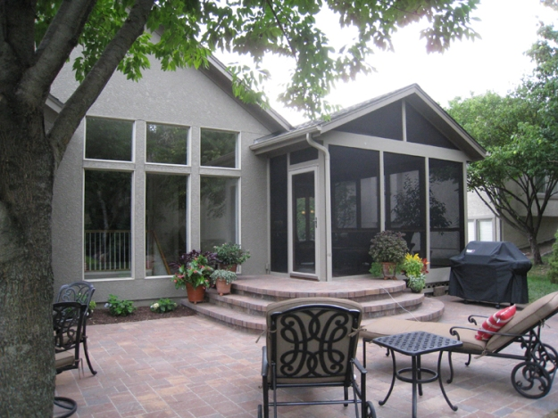 screen porch and patio Overland Park KS