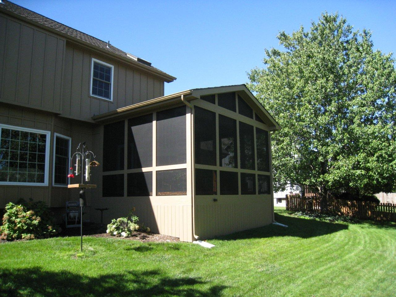 Overland park ks screened porch archadeck of kansas city for Screened porch pictures only