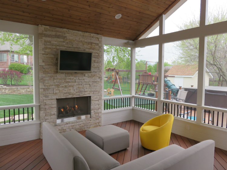 shawnee porch with outdoor firepalce and tv lr - Outdoor Screened Porches