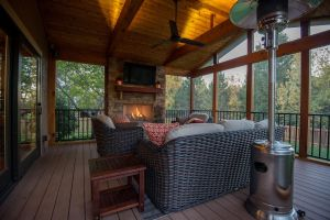 Leawood KS screened porch